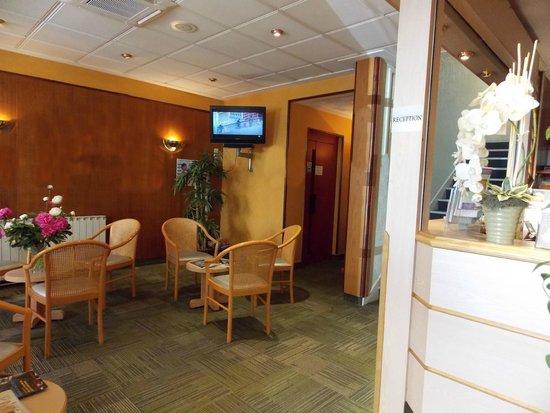 logis chambord hotel vichy france voir les tarifs 26 avis et 34 photos. Black Bedroom Furniture Sets. Home Design Ideas