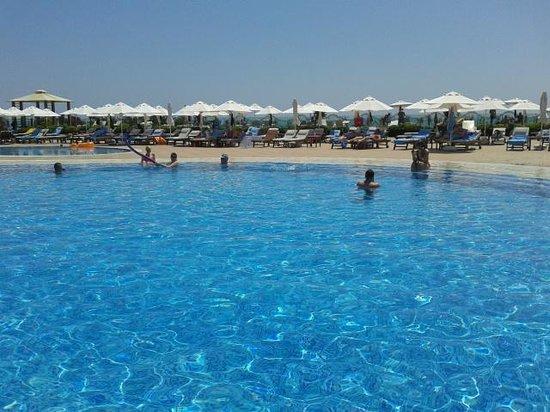 SENTIDO Gold Island: pool area