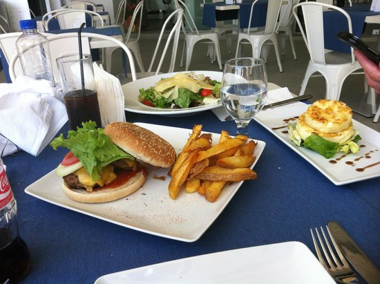 Melina Bay Hotel: Tasty lunch