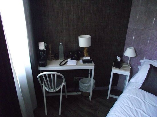 Auberge Flora : Our room