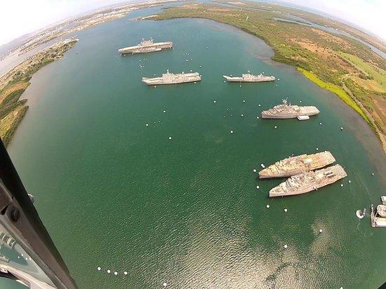 Genesis Helicopters : Pearl Harbor