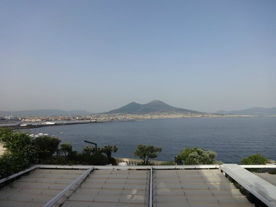 Eurostars Hotel Excelsior : View from rooftop