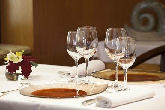 Restaurant l'Escargot Qui Tette : Salle de restaurant
