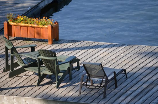Heather Lodge: Dock side