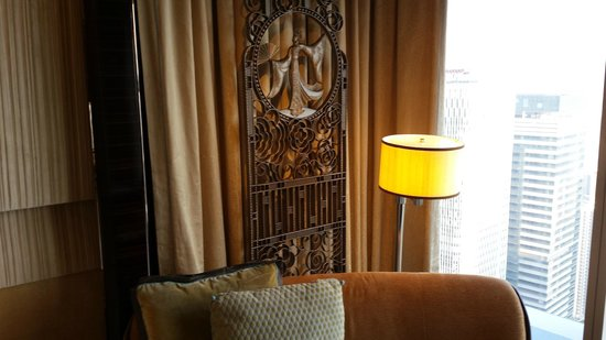 The Ritz-Carlton Shanghai, Pudong: Decoration detail