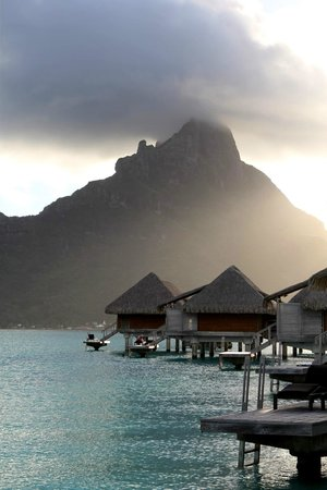 InterContinental Bora Bora Resort & Thalasso Spa : Another View