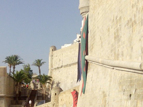 Castillo de Peñíscola: magnifica conservacion