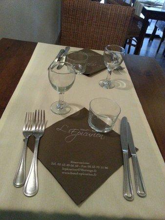 Photo of Aquitaine Hotel Restaurant La Prune D'Or Villeneuve-sur-Lot