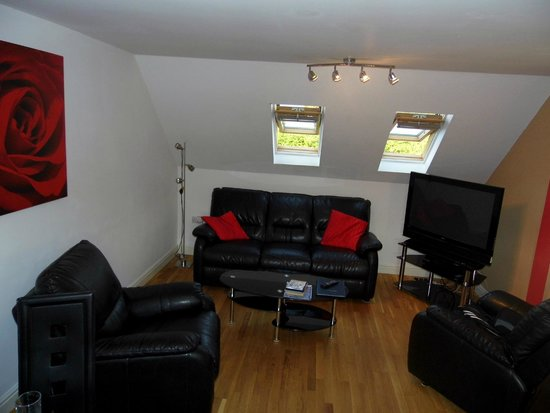 Bristol Serviced Lettings: Living room area (open plan to kitchen dining area)