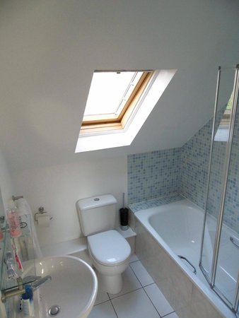Bristol Serviced Lettings: Bathroom