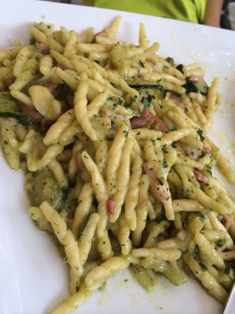 Spaghetteria Macaroni : Trofie