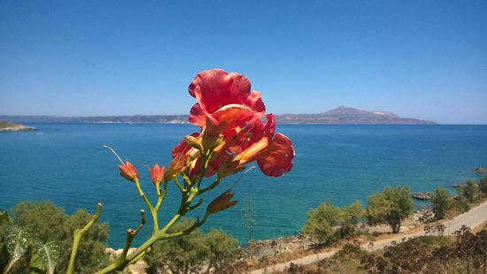 Isadora Apartments: View from Isadora site to Souda Bay