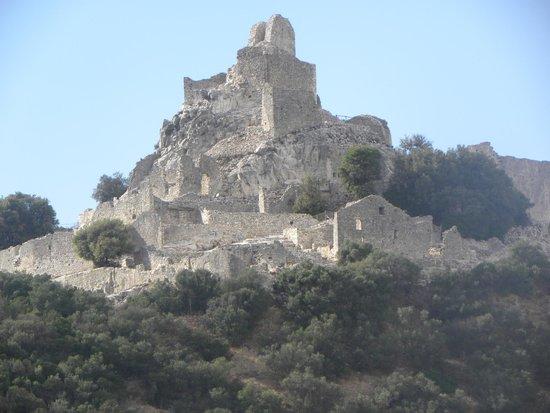 Il Parco Archeominerario di San Silvestro : la rocca di San Silvestro