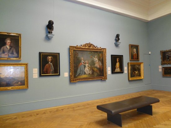 Manchester Art Gallery: paints