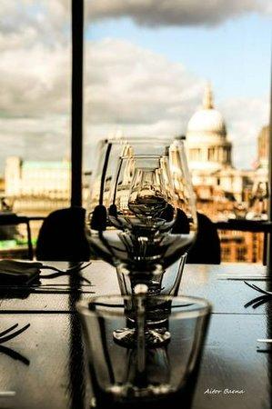 Kitchen and Bar : TM Restaurant View
