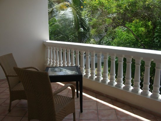 Cofresi Palm Beach & Spa Resort: private balcony