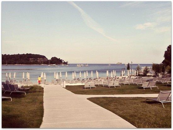 Hotel Lone : Private beach