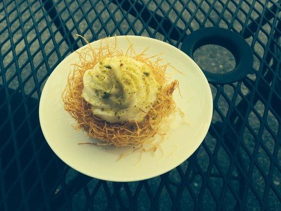 Mezza : Delicate Dessert