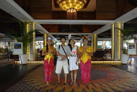 The Laguna, a Luxury Collection Resort & Spa: The Laguna lobby