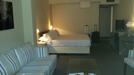 Room Mate Vega : habitacion ejecutiva