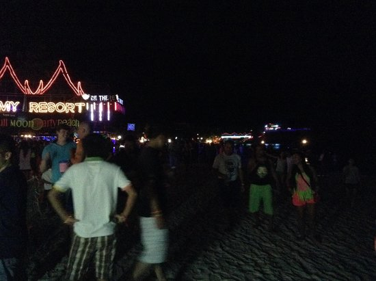 Full Moon Party: Beach
