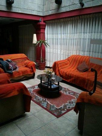 Amerinka Boutique Hotel: 3rd floor communal living room