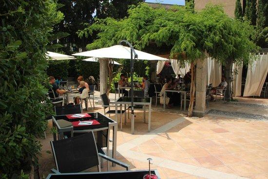 Gran Hotel Sóller: Gartenterrasse: Frühstück und Abendessen