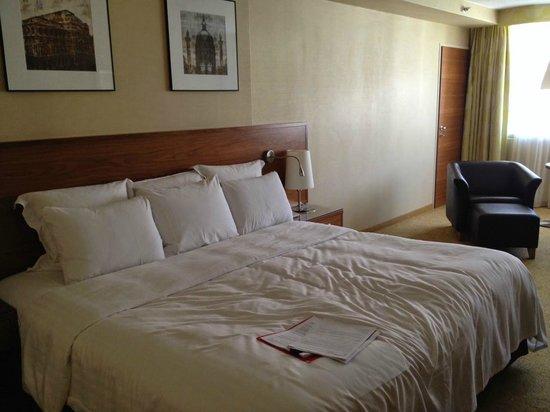 Vienna Marriott Hotel: Очень удобная кровать :)