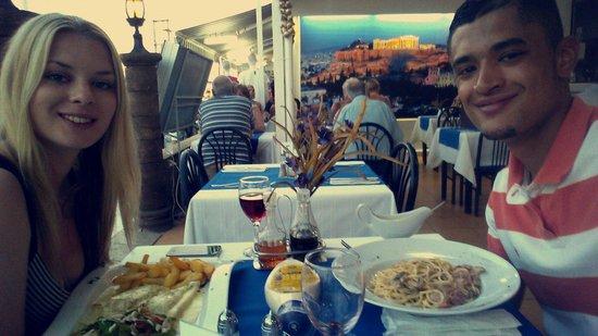 Micri Acropoli Restaurant & Bar : And our last night in tsivilli!