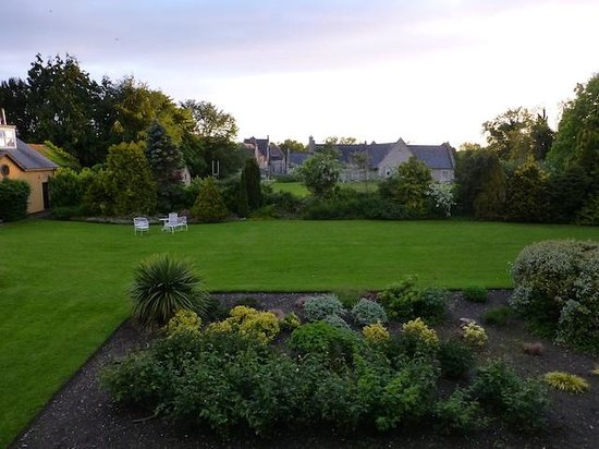 Dunraven Arms Hotel : Room view (room 53)