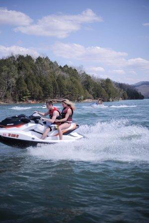 Mitchell Creek Marina & Resort: Jet Ski rentals available