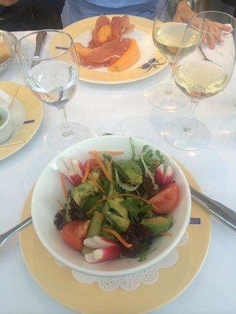 Brasserie Le Sud : Fresh local salad