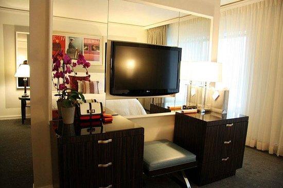 Loews Hotel Vogue: Bedroom