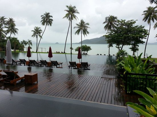 The Vijitt Resort Phuket: The swimming pool