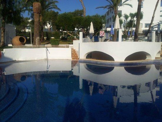 Gavimar Cala Gran Costa del Sur Hotel & Resort: pool