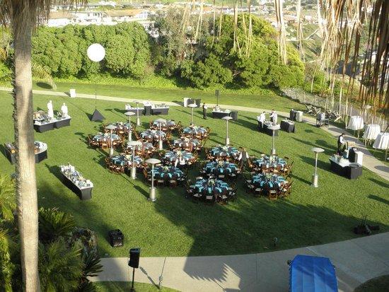 The Ritz-Carlton, Laguna Niguel: Wonderful evening reception on lawn