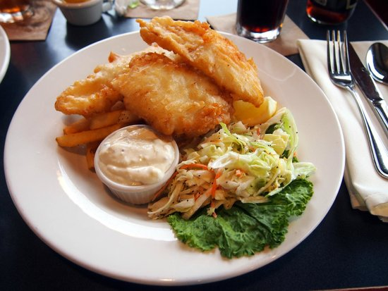Creekside Restaurant: Fish and chips