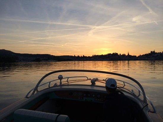 Hotel Beau Rivage: Boat trip