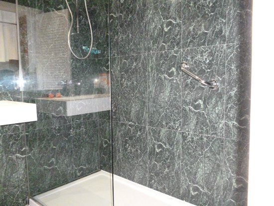 SENTIDO Gran Canaria Princess: Shower
