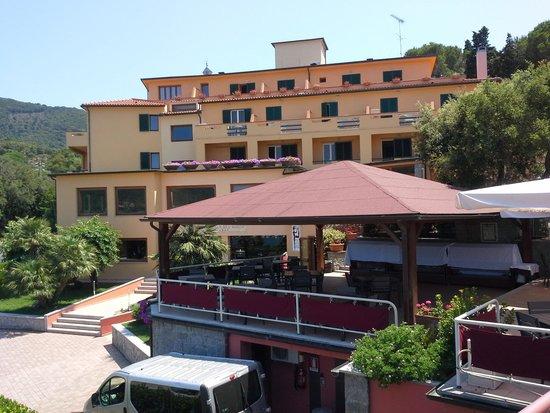Hotel la perla del golfo: Esterno Hotel