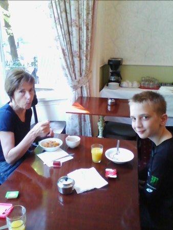Chelsea House Hotel : colazione scarsa e non buonissima...