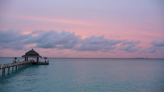 Kuramathi Island Resort : Sunset at Laguna Bar