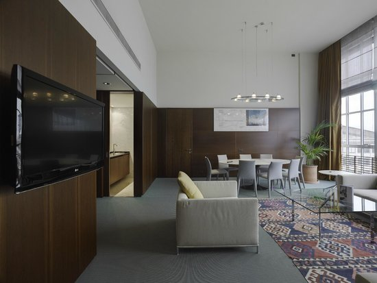 NH Torino Lingotto Tech : Guest Room - Suite