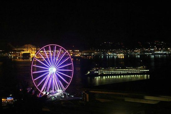 Inn at the Market: watching ferris wheel and ferry from room at night