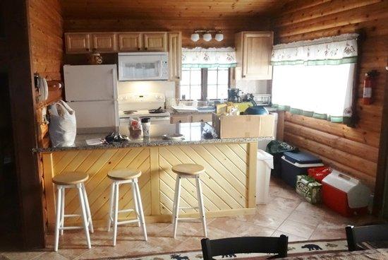 Cuomo's Cove: kitchen