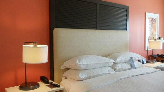 Sheraton Puerto Rico Hotel & Casino: Room's bed