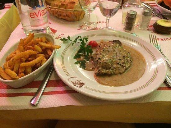 les Vapeurs: Faux filet sauce au Poivre