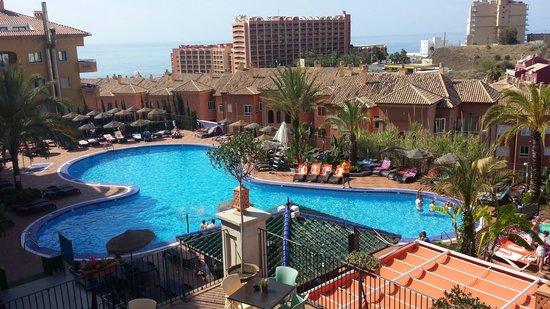 Hotel & Spa Benalmadena Palace: Bassengområdet