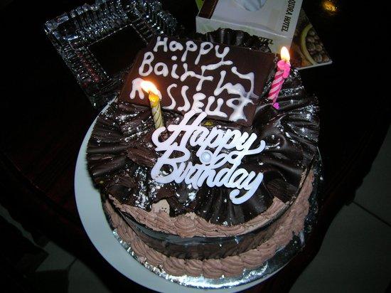 Al Qidra Hotel : La torta di compleanno