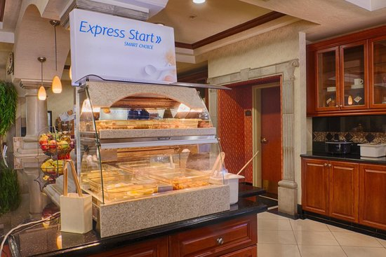 Holiday Inn Express Hotel & Suites Tucson Mall: Express Start Hot Breakfast Meat & Eggs